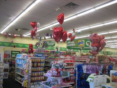 how to save at a dollar store